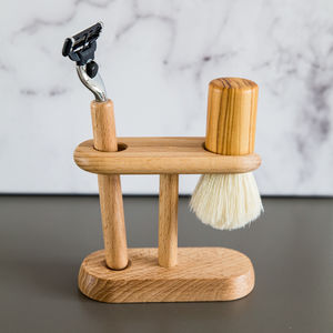 Beech Wood Shaving Set With Stand