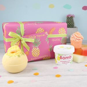 Bomb Cosmetics Bath Gift Set - bathroom