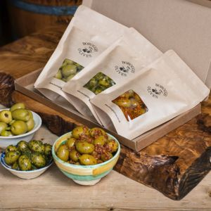 Spicy Olive Box - savouries