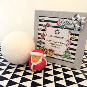 Snowball Surprise Bath Bomb