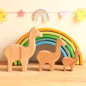 Wooden Toy Family Of Llamas