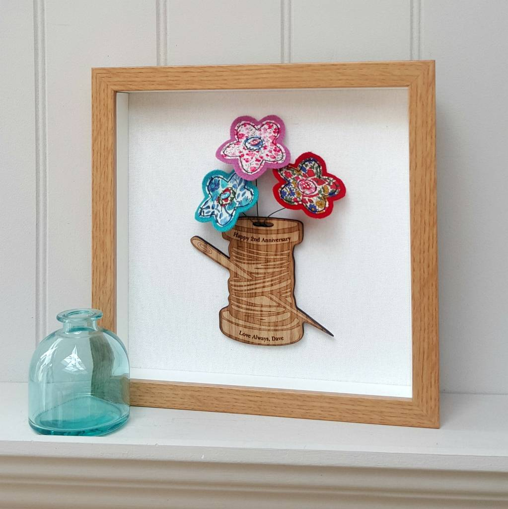 Oak Cotton Reel With Cotton 2nd Anniversary Flowers