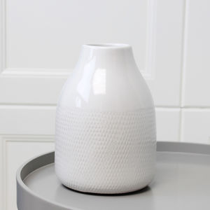 Ceramic Textured Vase - the new nautical