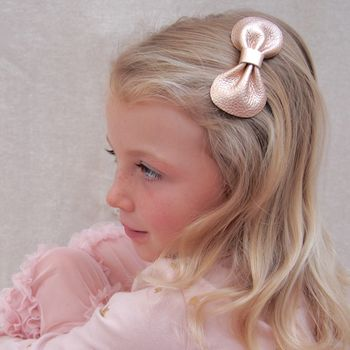 Little Love Girl, Rose Gold leather Bow Hair Clip, Rose Gold Bow Hair Clip, Bow in rose Gold for girls, Rose gold Hair Bow