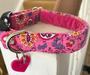 Bright Pink Velvet Lined Paisley Corduroy Dog Collar