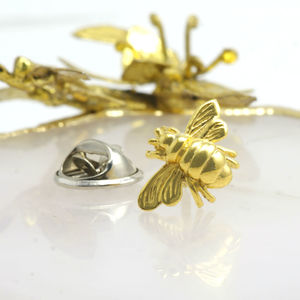 Bee Gold Pin Brooch