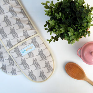 Grey Pig Oven Gloves