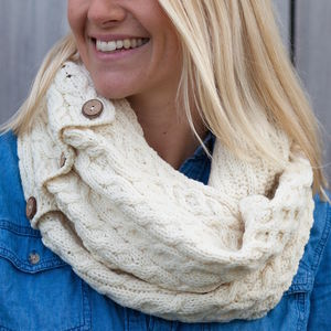 Cream Cable Knit Snood