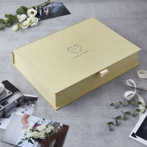 Personalised Wedding Date Heart Wreath Keepsake Box