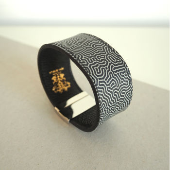 Mens leather bracelet magnetic clasp printed pattern Tovi Sorga Contactless Payment bPay