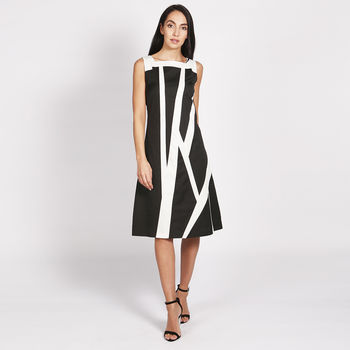 Manhattan A Line Dress Black White