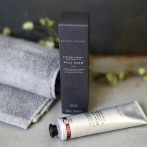 Honeybee Complex And Propolis Facewash - what's new