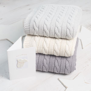 Unisex Baby Luxury Cable Blanket - gifts for mums-to-be