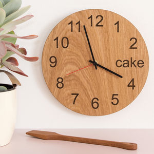 Cake O Clock - bedroom