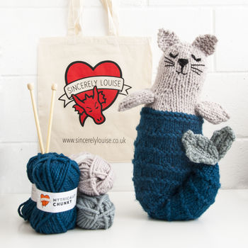 Mer Cat / Mermaid Cat Knitting Kit