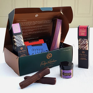 Chocoholics Fudge Hamper