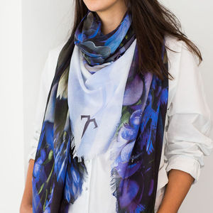 Graphic Cut Luxury Cashmere Ladies Scarf