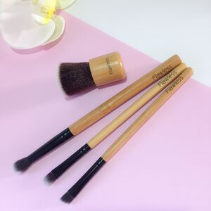 Makeup Brush Set On The Go