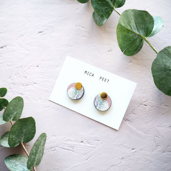 Minimal Flower Earrings