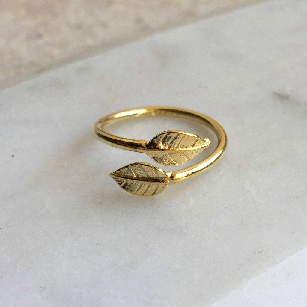 Adjustable Double Leaf Charm Ring In Gold Vermeil