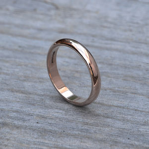 D Shape Wedding Band In Rose Gold