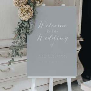 Timeless Welcome Sign - new in wedding styling