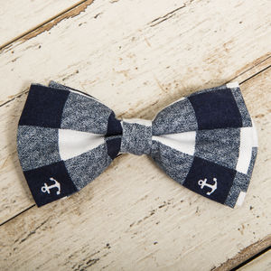 The Anglesey Blue White Nautical Checked Anchor Bow - dogs