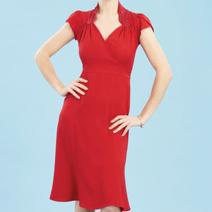 Forties Style Dress With Sweetheart Neckline In Ruby - sale