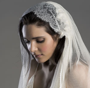 Aurora Chantilly Lace Silk Wedding Veil - bridal-edit