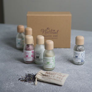 Luxury Natural Aromatherapy Baths Salts Gift Set - winter sale