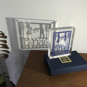 Cariad Paper Cut Shadow Block