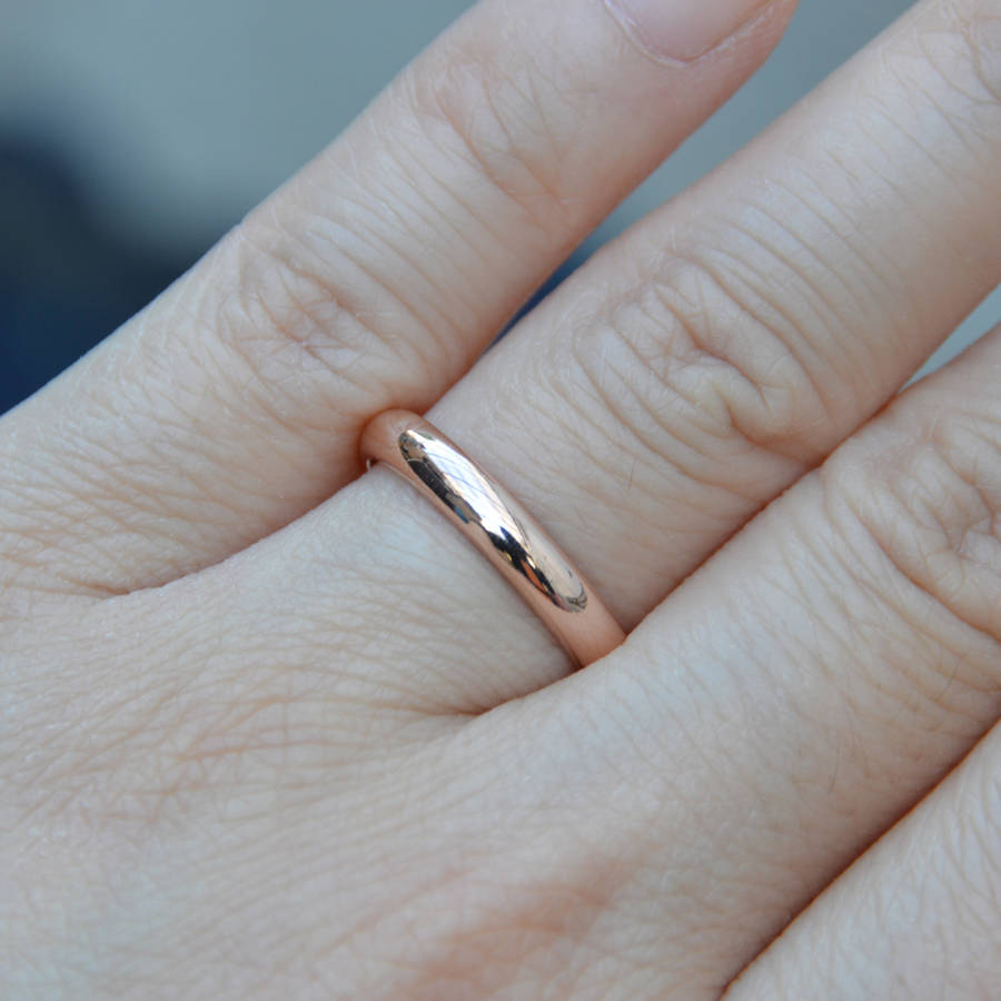 d shape wedding band in rose gold - Rose Shaped Wedding Ring