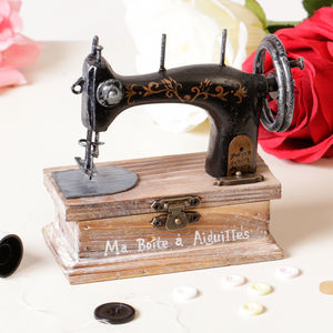 Singer Sewing And Buttons Box - gifts for her