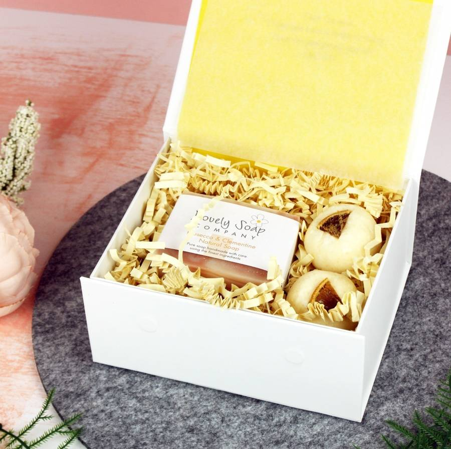 Prosecco And Clementine Bathtime Bliss Gift Set