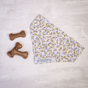 Dog Bandana For Girl Or Boy Dogs In Liliac Floral