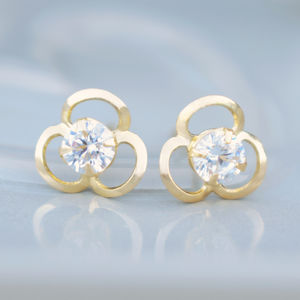 9ct Gold Open Flower Stud Earrings - earrings