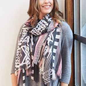 Tribal Geometric Print Scarf - scarves