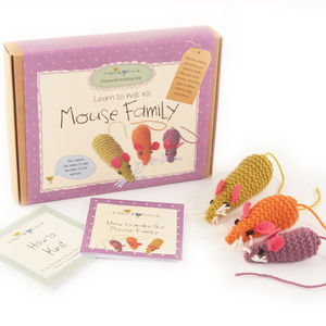 Mouse Family 'Learn To Knit' Kit