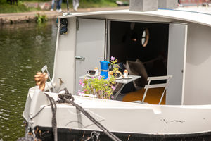 Central London Canal Boat Overnight Stay - gifts for couples