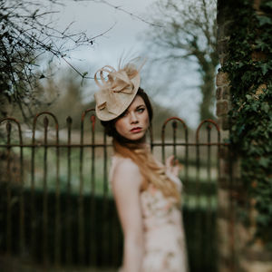Neutral Disk Shaped Wedding Hat 'Lydia' - best-dressed guest