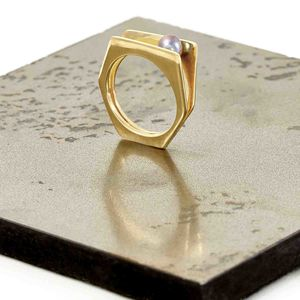 Gold Ring With Pearl Alvaro - rings