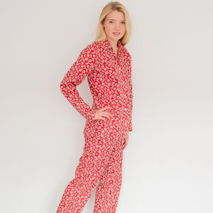 Ladies Pyjama Set In Red Vine Print