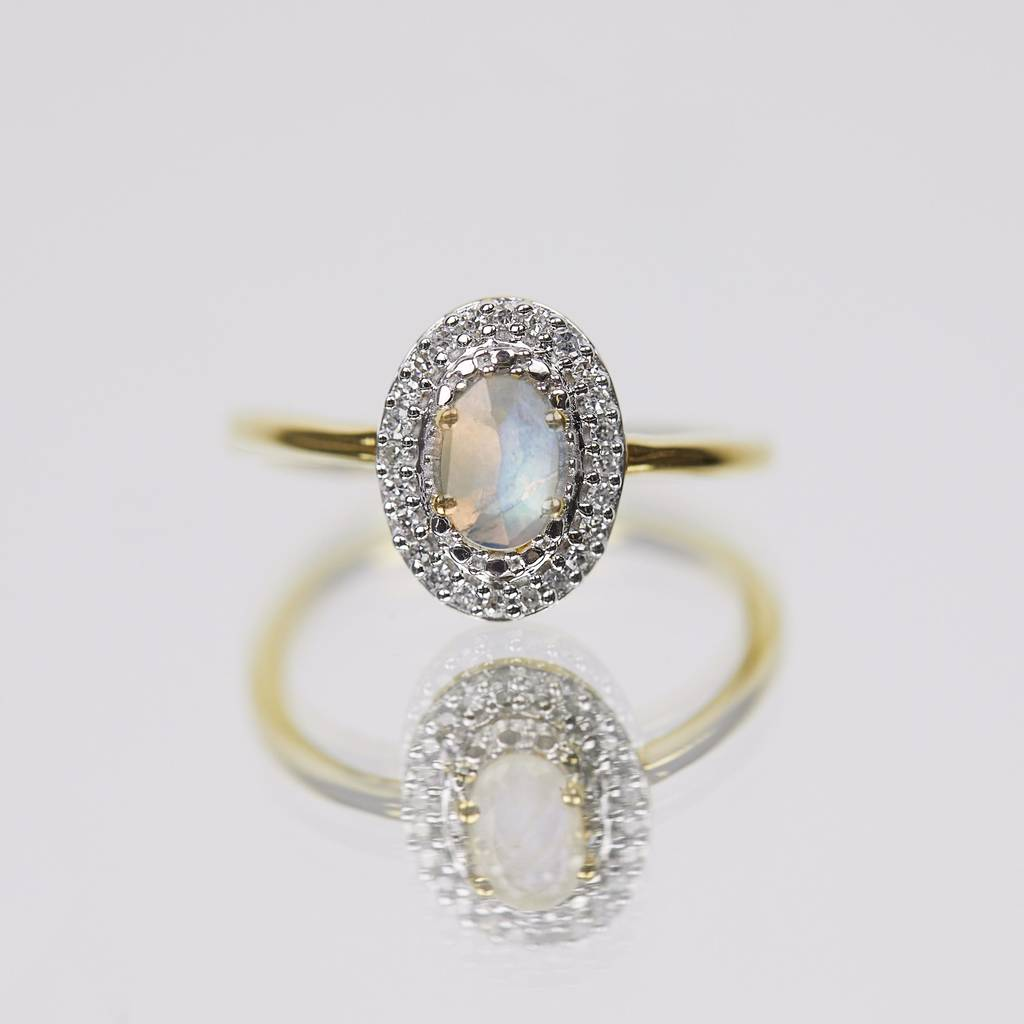 14k Gold Vermeil Vintage Ring In Moonstone And Diamond