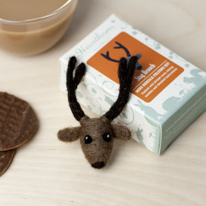 Stag Brooch Needle Felting Craft Kit