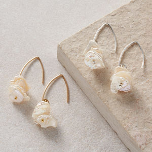 Keishi Petal Pearl Earrings
