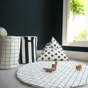 Monochrome Print Play Mat - baby toys