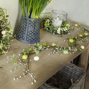 Floral Easter Garland - home accessories