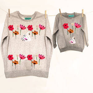 Flower Print Mum Child/Baby Matching Sweatshirts Set