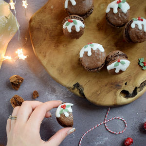Christmas Pudding Macaron Kit - secret santa gifts