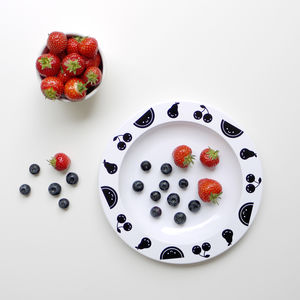 Fruit Friends Plate Black - children's tableware